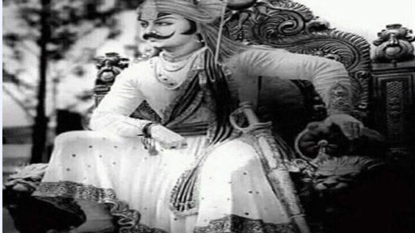 ১১০ কেজির বর্ম আর ২৫ কেজির তলোয়ার নিয়ে যুদ্ধ করা মহাবীর মহারানা প্রতাপে