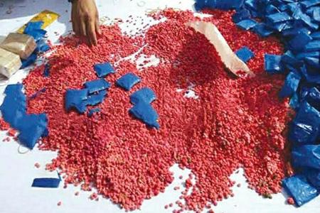 নড়াইলে হাত বাড়ালেই মিলছে ইয়াবা খোজ নেই মাদকদ্রব্য নিয়ন্ত্রণ অধিদপ্তরের