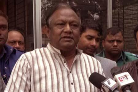 রংপুর নগরীর সেন্ট্রাল রোডে বানিজ্যমন্ত্রী