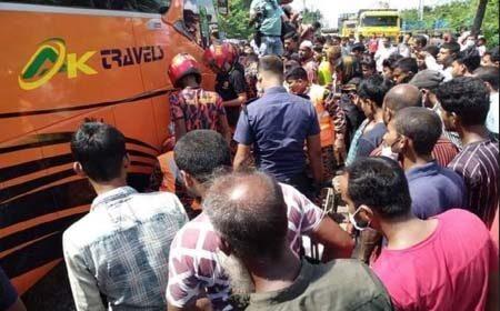 https://thenewse.com/wp-content/uploads/bus-accident-jashore.jpg